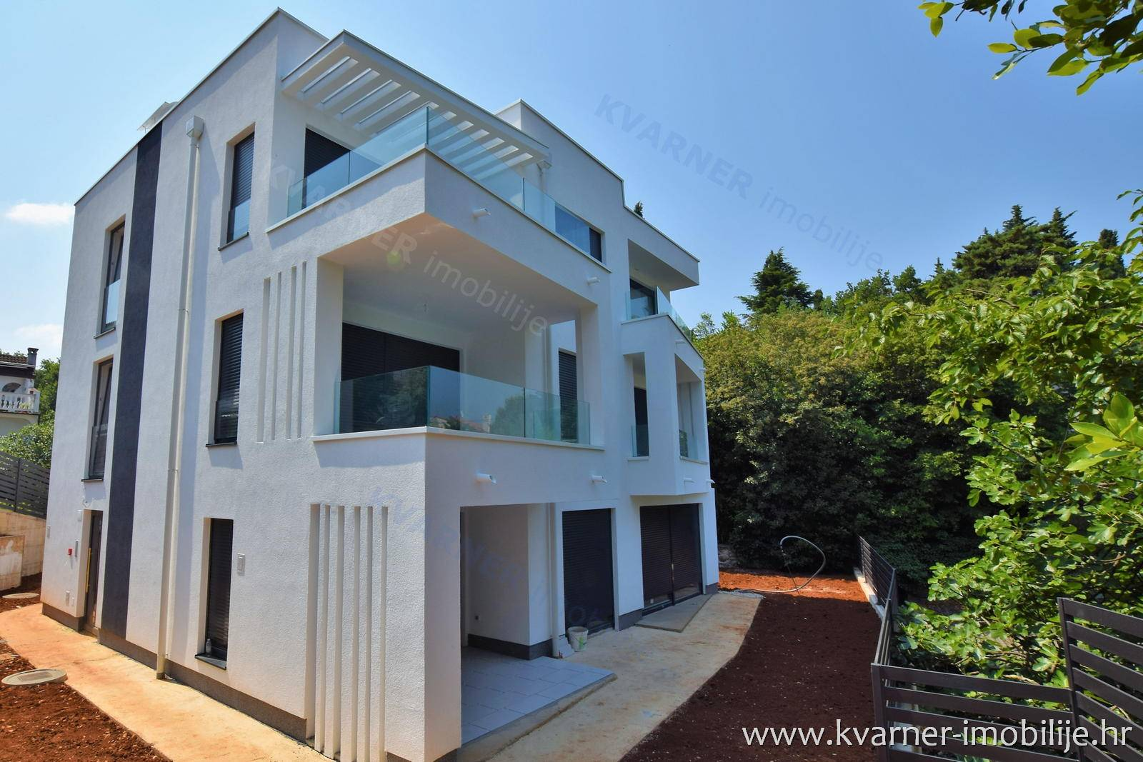 New building malinska exclusive apartment 80m from the sea