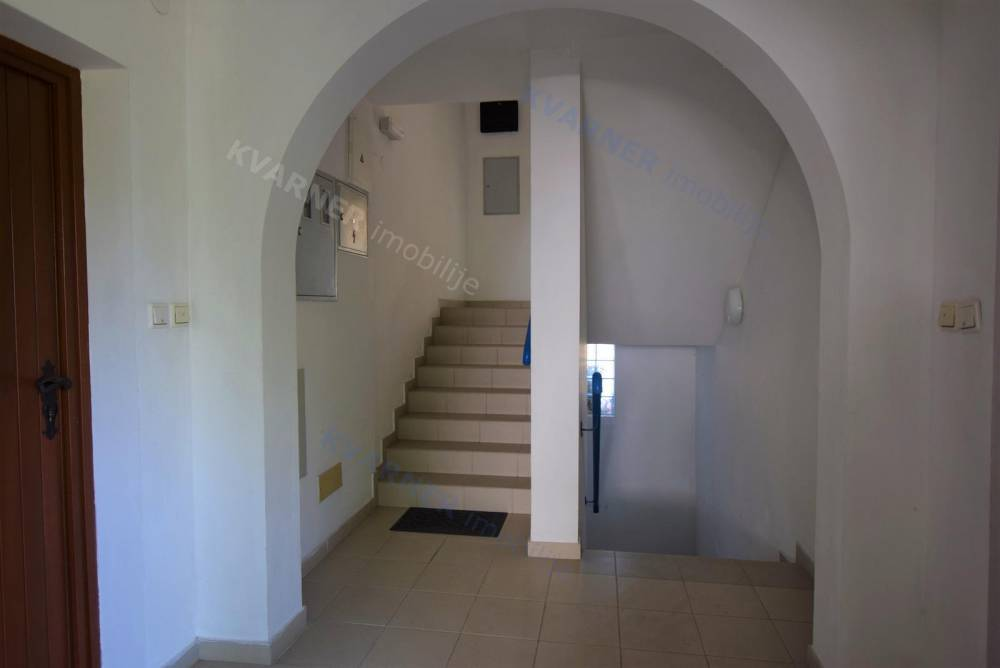Krk - Apartment on ground floor with garden, sale Kvarner Imobilije